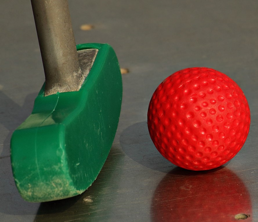 Best Putting Training Aids minigolf